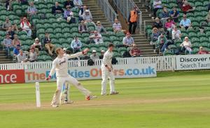 Somerset County Gazette: SPORT: Dom Bess continues his spectacular start to County Championship